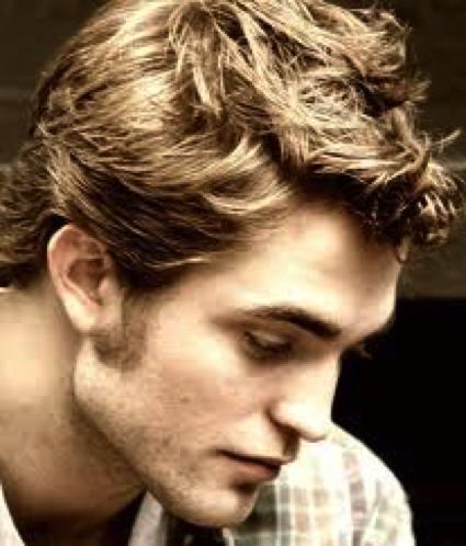 Roberty Pattinson's jawline