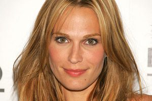 Actress and model Molly Sims